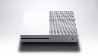 Microsoft Xbox One S India price and EMI Details